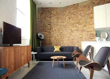 Thumbnail 2 bed flat to rent in SE1, London,
