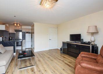 Thumbnail Flat for sale in Sadler Close, Mitcham