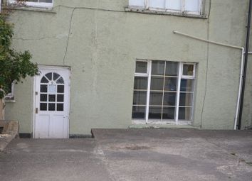 Thumbnail 2 bed flat to rent in Two Bedroom Basement Flat, Including Gas, Electric And Water