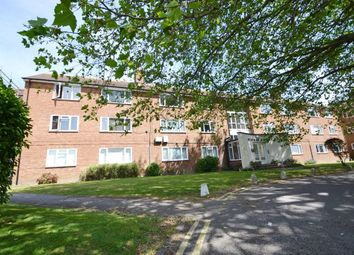 2 bed flat for sale in Meadway Court, The Boulevard, Worthing BN13
