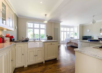Thumbnail 2 bed flat to rent in Lovelace Road, Surbiton
