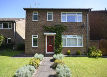 3 bed property to rent in Collings Walk, High Wycombe, Buckinghamshire HP16