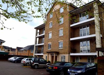 Thumbnail 2 bed flat to rent in North Road, Wimbledon, London