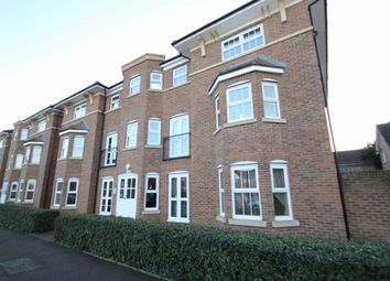 Thumbnail 2 bed flat to rent in Gardenia Road, Bickley, Bromley