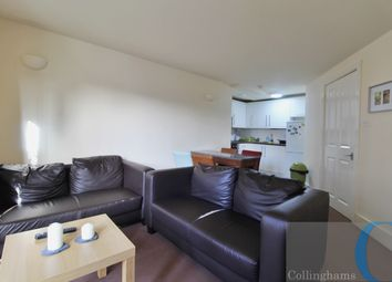 Thumbnail 3 bed flat to rent in Clapham Road, Stockwell