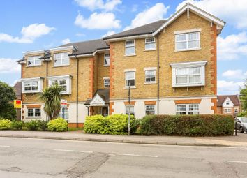 Thumbnail 2 bed flat for sale in Fernbank Road, Ascot