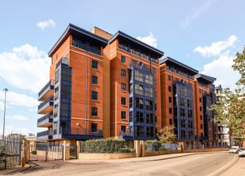 Thumbnail 2 bedroom flat to rent in Charter House, Canute Road, Southampton