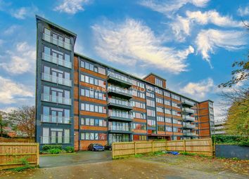 West Stockwell Street, Colchester CO1. 2 bed flat for sale