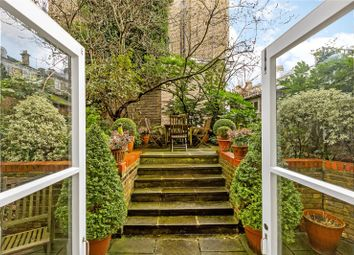 Thumbnail 3 bedroom flat for sale in Tregunter Road, London