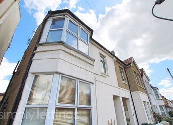 3 bed maisonette to rent in St. Leonards Avenue, Hove BN3