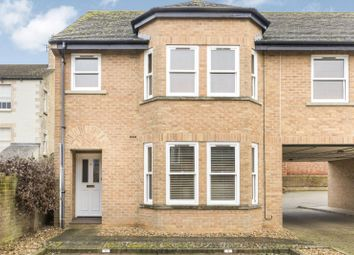 Thumbnail 2 bedroom flat to rent in The Croft, Stamford, Lincolnshire