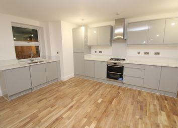 Thumbnail 2 bed flat to rent in High Street, Erith