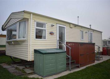 Thumbnail 2 bedroom mobile/park home for sale in Sandholme Lane, Leven, Beverley