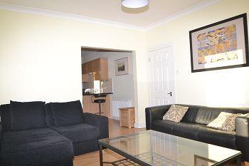 Thumbnail 3 bed flat to rent in Moredun Dykes Road, Edinburgh