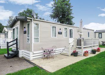 Thumbnail 2 bed mobile/park home for sale in Oakdene Holiday Park, St. Leonards, Ringwood