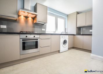 Thumbnail 3 bedroom flat to rent in Southern Grove, London