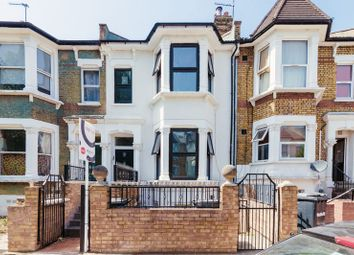 Thumbnail 3 bed flat for sale in Kyverdale Road, Cazenove