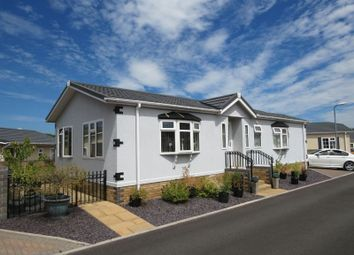 Thumbnail 2 bed mobile/park home for sale in Regent Avenue, Cambrian Residential Park, Culverhouse Cross, Cardiff