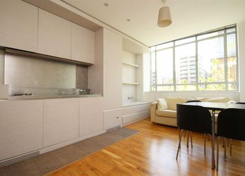 Thumbnail Studio to rent in Great West Road, Brentford