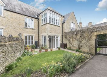 2 bed property for sale in The Playing Close, Charlbury, Chipping Norton OX7