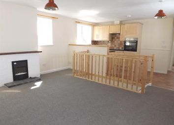 Thumbnail 3 bed flat to rent in Par Green, Par