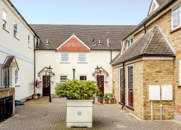 2 bed maisonette for sale in Stanmore, Middlesex HA7