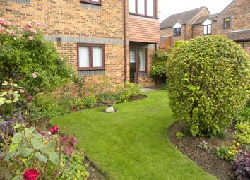 Thumbnail 1 bedroom flat for sale in Belmont Hill, St. Albans, Herts.