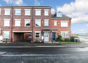 4 bed terraced house for sale in Pippin Close, Misterton, Doncaster DN10