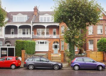 Thumbnail 3 bedroom flat to rent in Queens Avenue, Muswell Hill