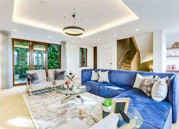 Thumbnail 3 bedroom terraced house to rent in Market Mews, Mayfair, London