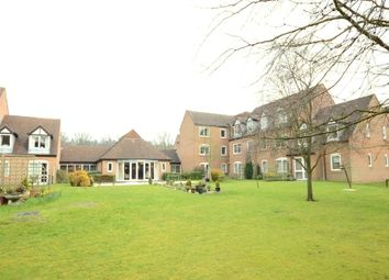 Thumbnail 1 bed flat to rent in High Street, Sandhurst