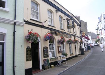 Thumbnail Pub/bar to let in Prince Of Wales, Fore Street, Ilfracombe, Devon