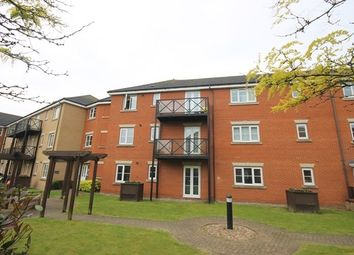Thumbnail 2 bedroom flat to rent in Fencepiece Road, Ilford