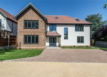 Broadwalk, Orpington, Kent BR6. 4 bed detached house
