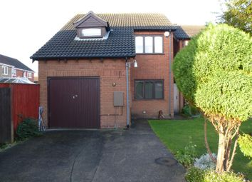 Thumbnail 3 bed detached house to rent in Silvergarth, Grimsby