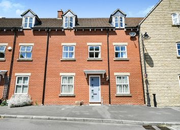 Thumbnail 4 bed town house for sale in Grayling Close, Calne