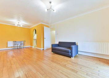 Thumbnail 2 bed flat to rent in Hailing Park Road, South Croydon