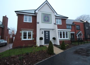 Thumbnail 5 bed detached house to rent in Eaker Street, High Wycombe