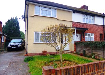 Thumbnail 3 bed property to rent in Park Avenue, Egham