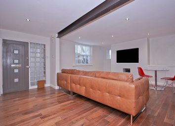 Thumbnail 3 bed flat to rent in Fiveways Road, Brixton