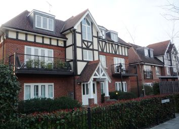 Thumbnail 1 bed flat to rent in Royal Court Holders Hill Road, Mill Hill East