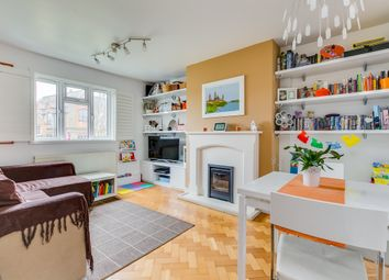 Thumbnail 2 bed flat to rent in Fraser Street, London