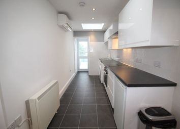Thumbnail 2 bed flat to rent in Gainsborough Road, Woodford Green