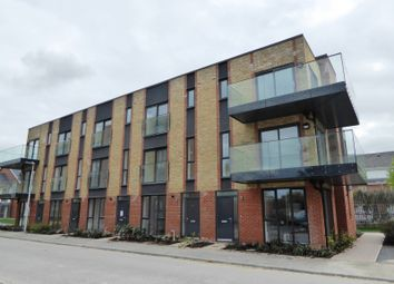 Thumbnail 1 bed flat to rent in Robert Parker Road, Reading