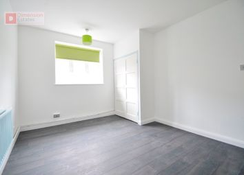 Thumbnail 3 bed flat to rent in Londesborough Road, Stoke Newington, London