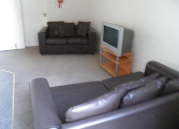 Thumbnail 2 bedroom flat to rent in Cleghorn Street, Dundee