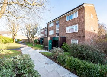 Thumbnail 1 bed flat to rent in Middlefields, Croydon
