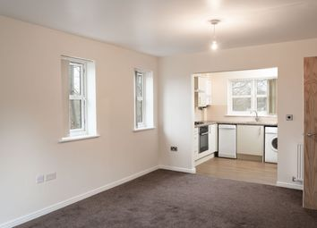 Thumbnail 2 bed flat to rent in Whitechapel Road, Cleckheaton
