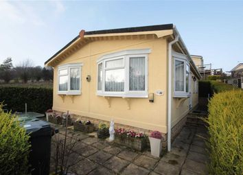 Thumbnail 2 bed mobile/park home for sale in Brook Meadow, Wroughton, Swindon