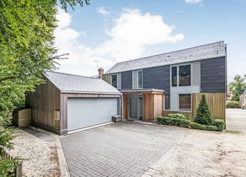 Sir John Moore Close, Winchester, Hampshire SO22. 4 bed detached house for sale